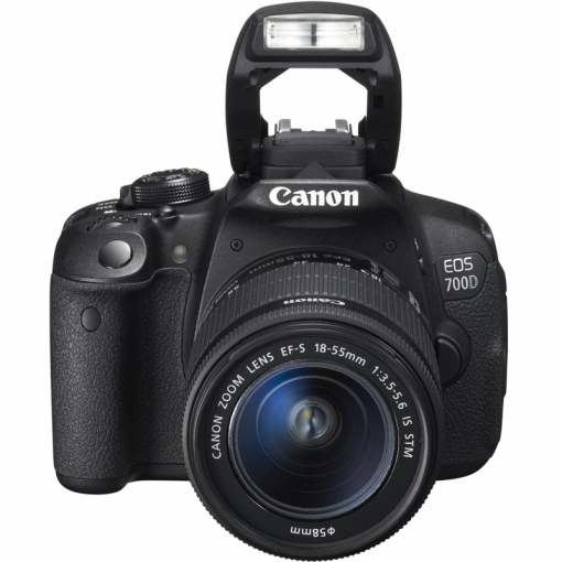 Canon EOS 700D 18-55mm IS STM Kit